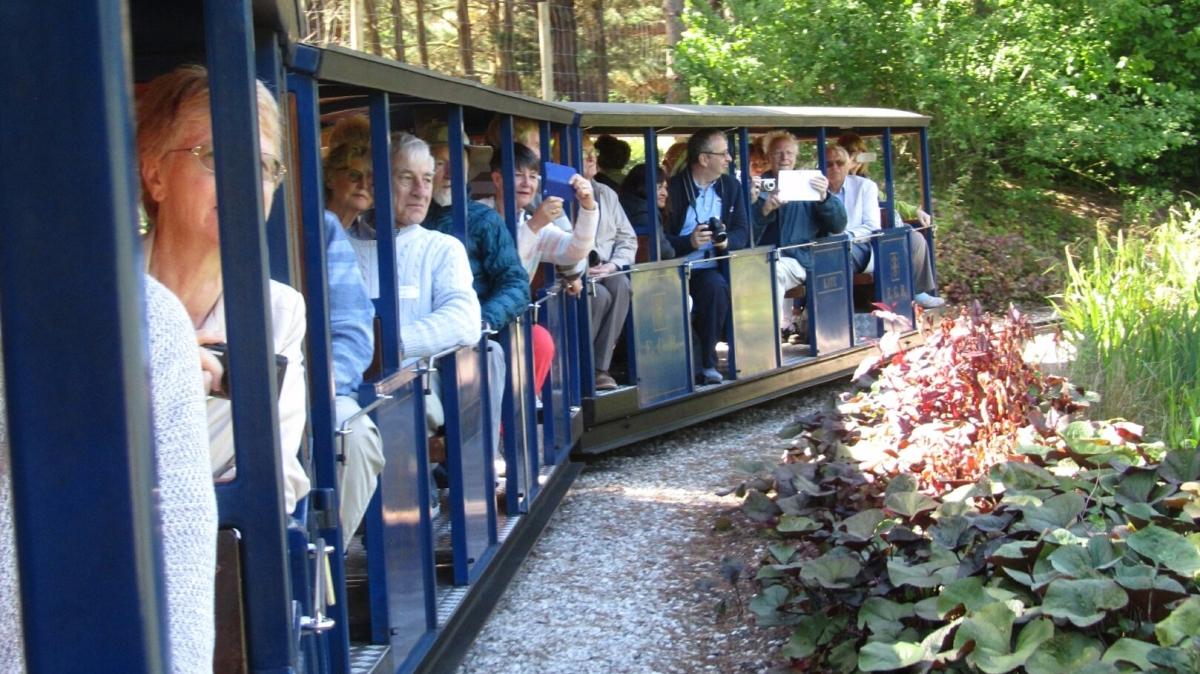 Kew Guild members enjoy the railway at Exbury Gardens